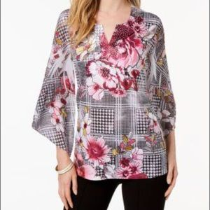 JM Collections Women's Top With Bell Sleeves Large